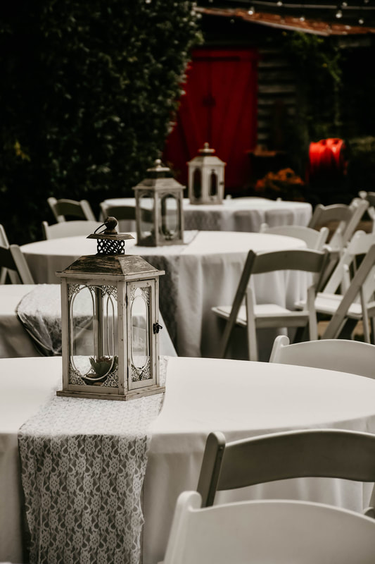 classic white and grey table decor