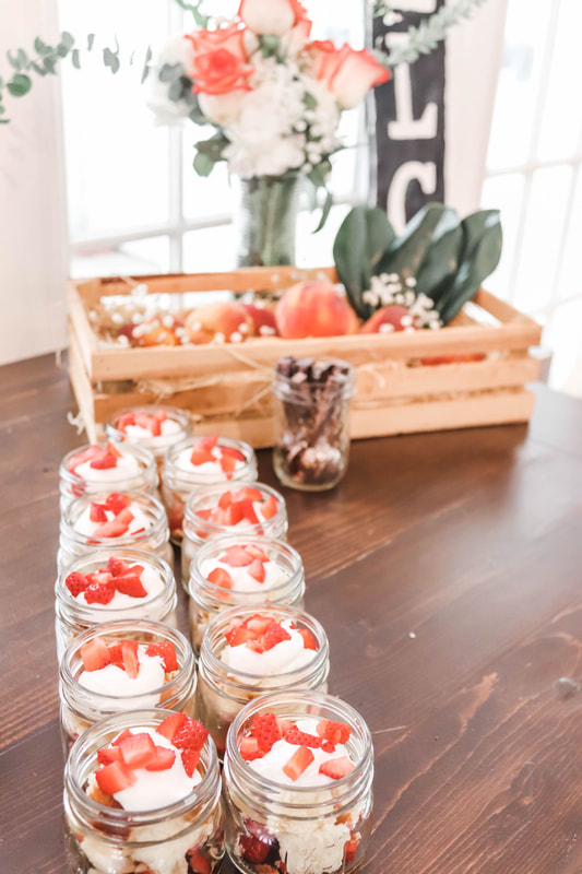 Mini strawberry shortcake dessert bar