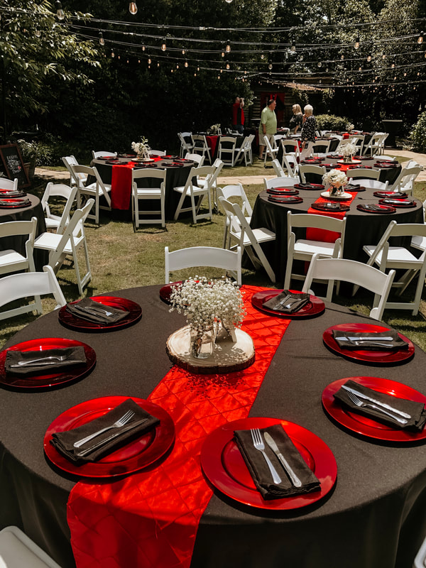 outdoor graduation party for college grad